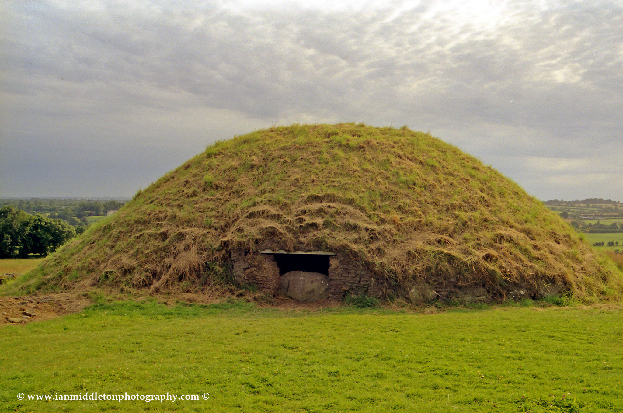 Knowth megalithic passage cairn